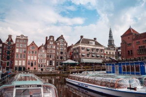 Amsterdam Netherlands Canal Boats  - ernestovdp / Pixabay