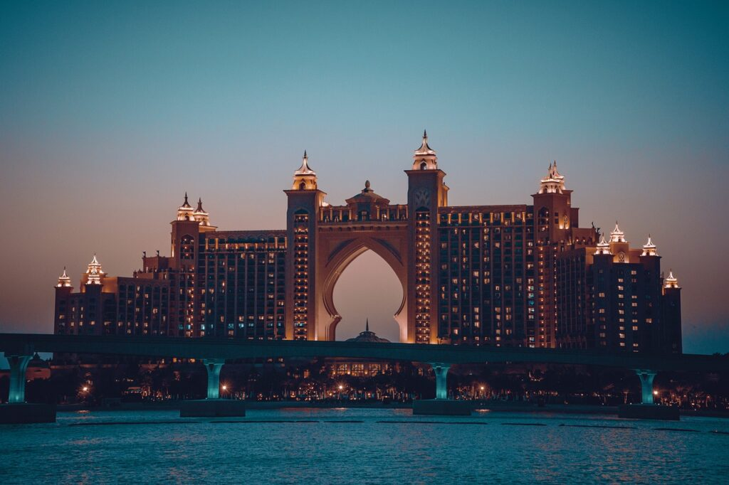 Atlantis The Palm Architecture  - ernesto_petar / Pixabay