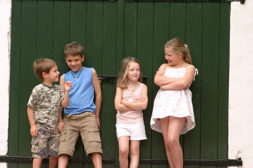 Attitude Children Youth Love Cute  - florentiabuckingham / Pixabay