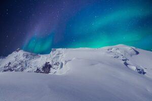 Aurora Borealis Mountain Snow  - flutie8211 / Pixabay
