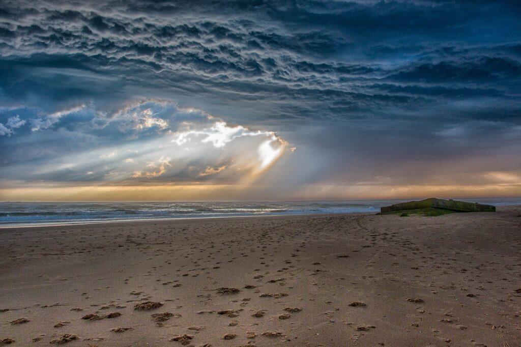 Beach Storm Stormy Ocean Weather  - roq59 / Pixabay