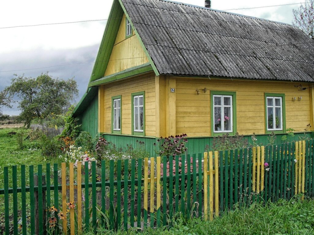 Belarus House Home Architecture  - 12019 / Pixabay