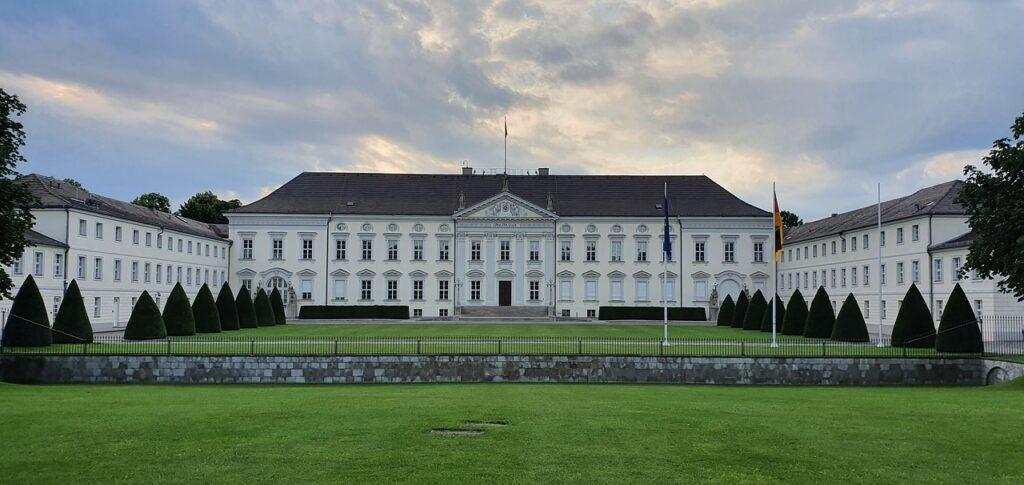 Bellevue Castle Federal President  - Da7de / Pixabay