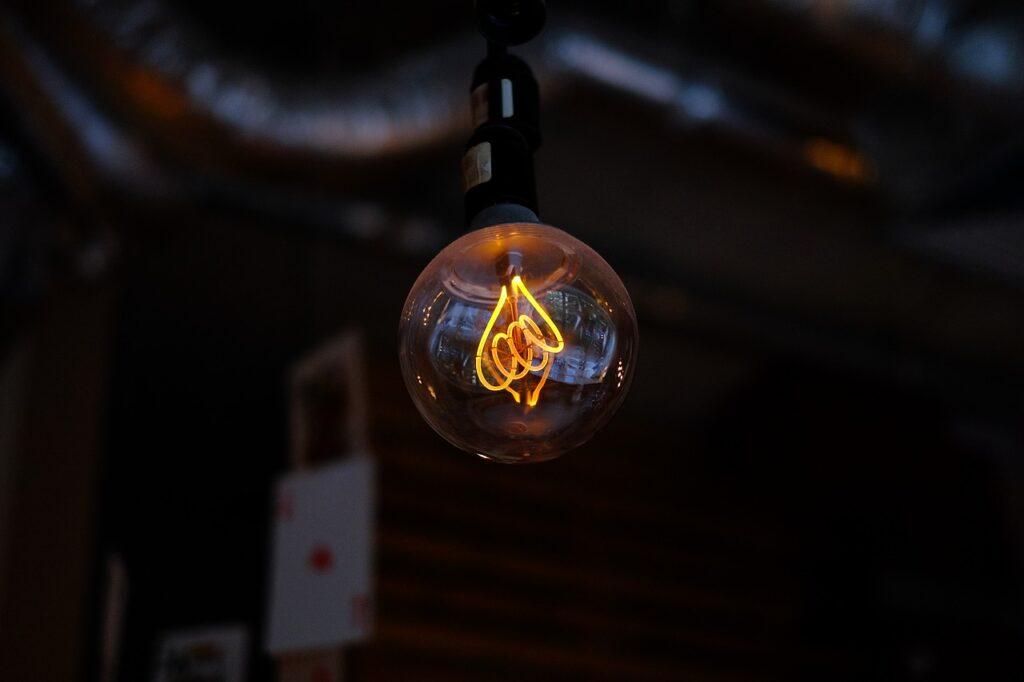 Black Brass Bright Brown Bulb  - freestocks-photos / Pixabay