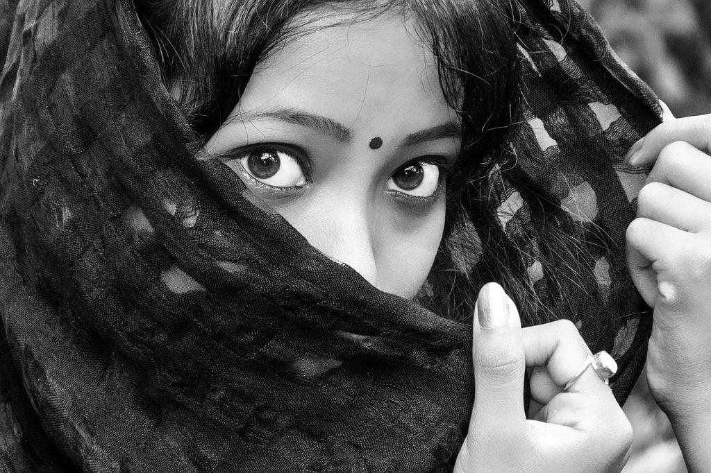 Black Eyes Girl India Indian Lady  - Pexels / Pixabay