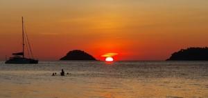 Boat Sailing Boat Ocean Sea Sunset  - Ver_Ena / Pixabay