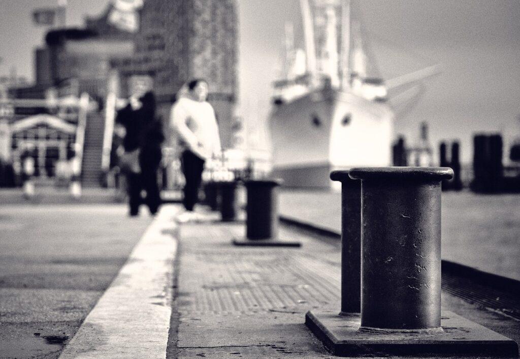 Bollard Port Water Ship  - floerio / Pixabay