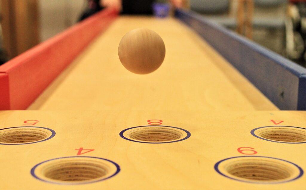 Bowling Ball Seniors Pensioners  - Carola68 / Pixabay