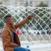 Boy Selfie Fountain Park  - Surprising_Shots / Pixabay
