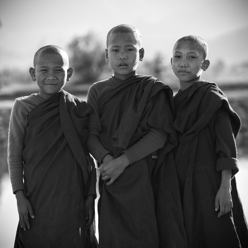 Boys Buddhist Monks Young Monks  - tonywuphotography / Pixabay