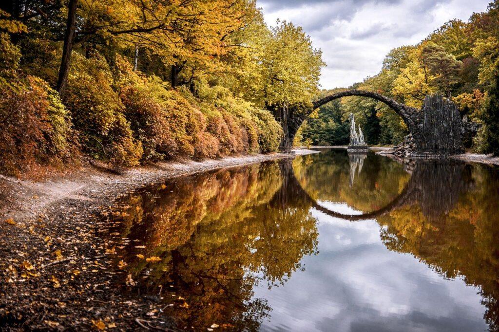 Bridge Autumn Devil S Bridge  - Paul_Stachowiak / Pixabay