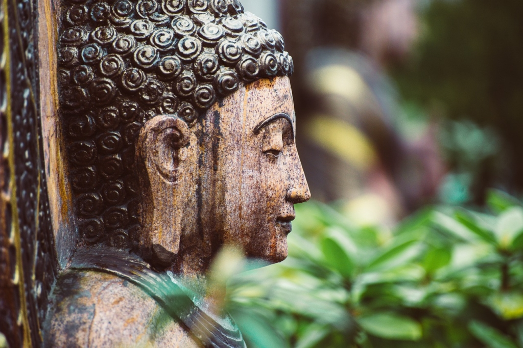 Buddha Statue Sculpture Meditation  - wal_172619 / Pixabay