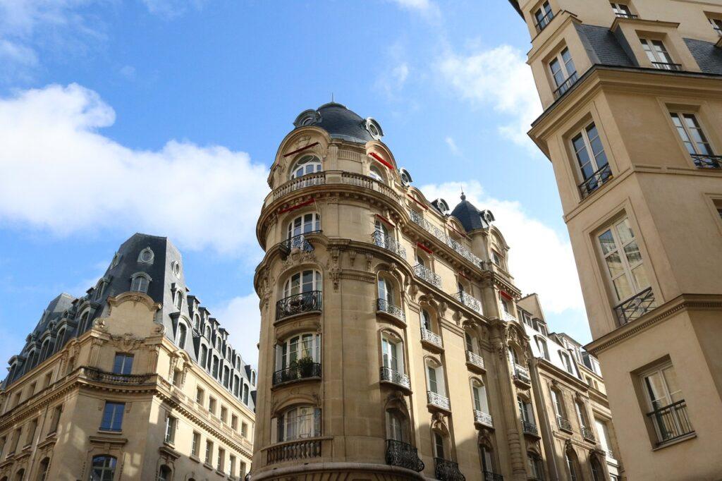 Buildings City Paris Old Buildings  - hxinge / Pixabay