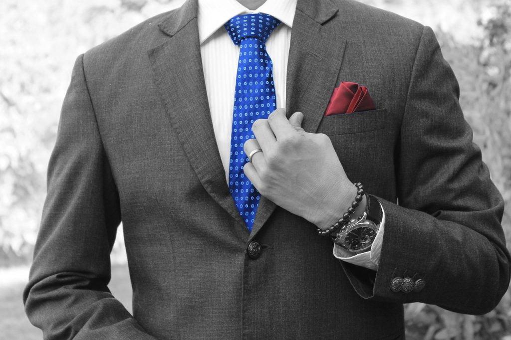Businessman Tie Blue Suit Success  - Tumisu / Pixabay