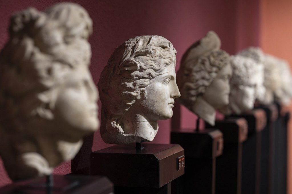 Bust Head Sculpture Art Hellenic  - Engin_Akyurt / Pixabay