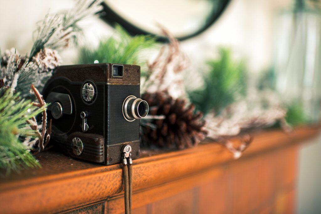 Camera Lens Decoration Interior  - Space_Zandria / Pixabay