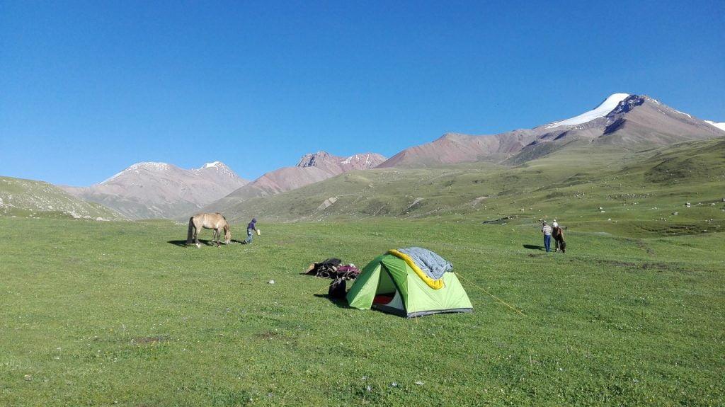 Camping Kirghystan Steppes Yurts  - lolorun / Pixabay