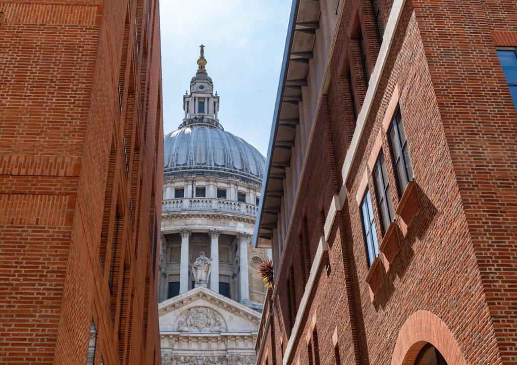 Church Cathedral Building  - ramblingbard / Pixabay
