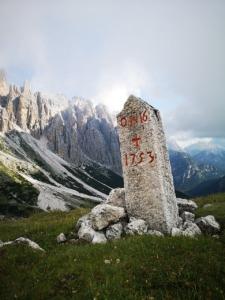 Cippus Pillar Marker Austria Tyrol  - rottonara / Pixabay