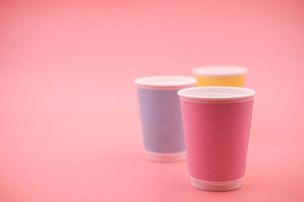 Cup Disposable Cups Coffee Mugs  - Bru-nO / Pixabay