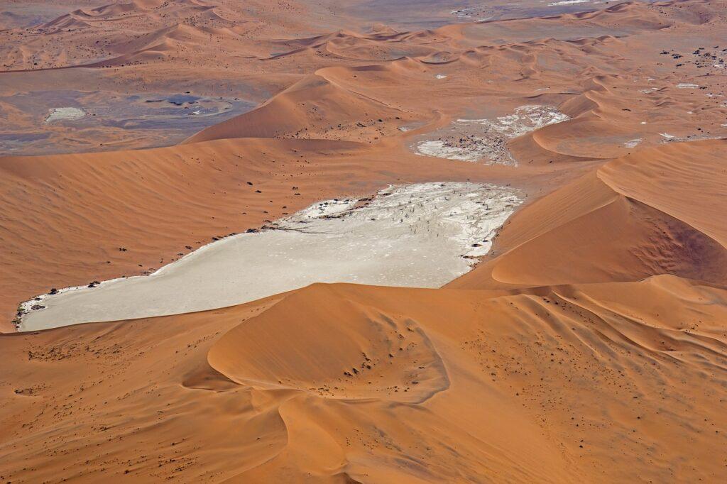 Desert Dunes Sand Nature Landscape  - JBi-Weisendorf / Pixabay