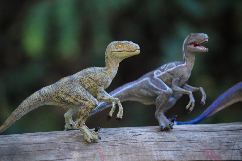 Dinosaurs Toy Dinosaur Extinct  - AngieToh / Pixabay