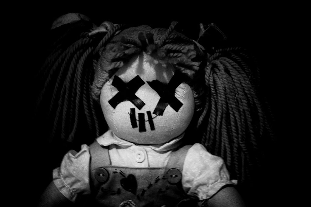 Doll Boredom Coronavirus Horror  - GabrielePicello / Pixabay