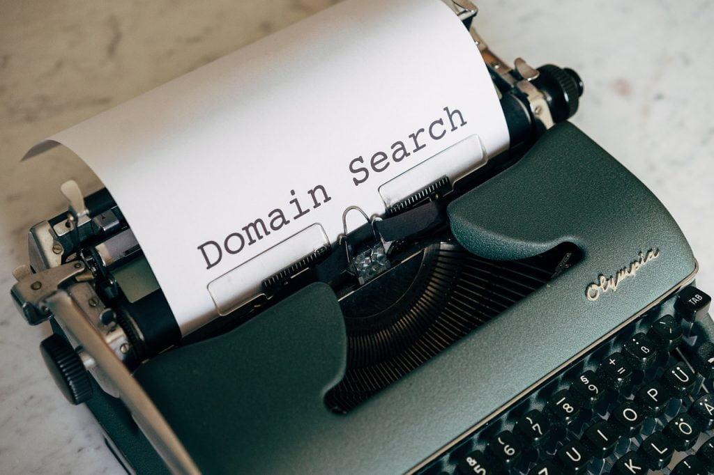 Domain Search Register Startup  - viarami / Pixabay