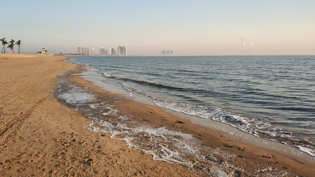 Dongdaihe Beach Sand Coast  - pepsiyuye / Pixabay