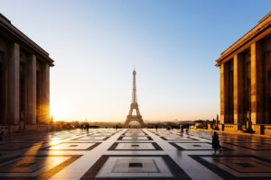 Eiffel Tower Paris Trocadero Gardens  - maykeloenning / Pixabay