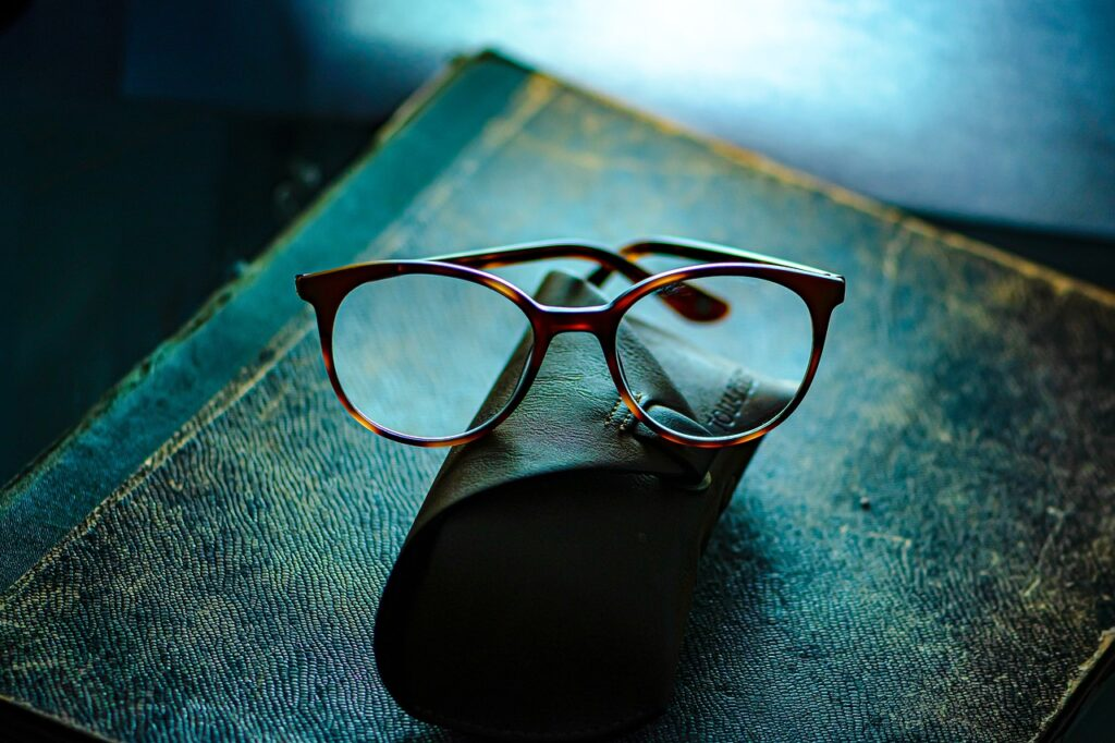 Eye Glasses Eyewear Spectacles  - Ri_Ya / Pixabay