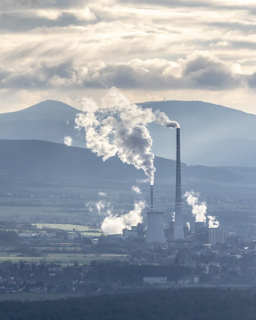 Factory Industrial Plant Pollution  - rzierik / Pixabay
