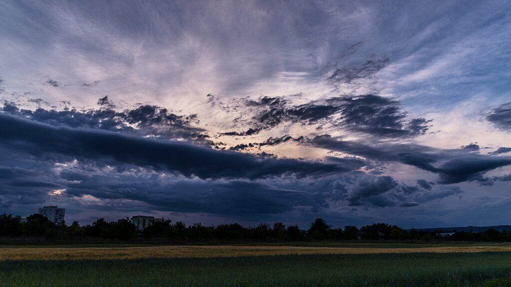 Field Nature Green Meadow The Sky  - phtorxp / Pixabay