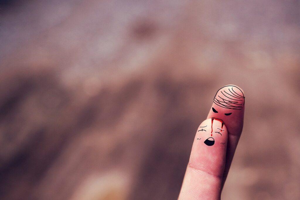 Fingers Character Bite Blood  - Saydung89 / Pixabay