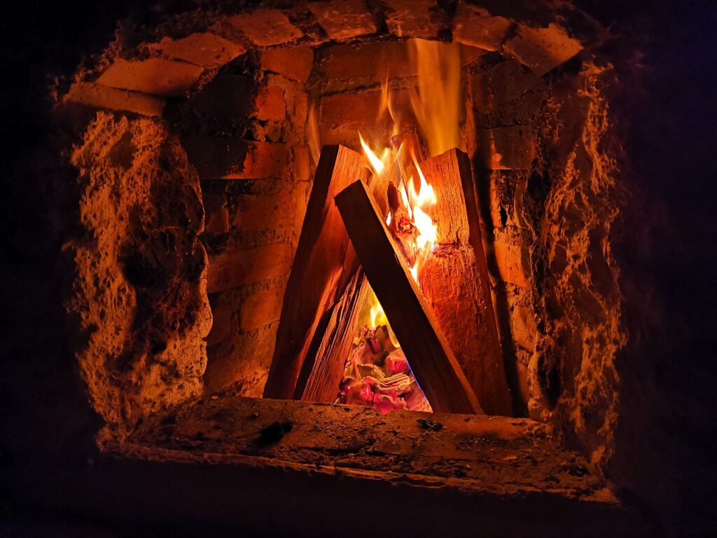 Fireplace Fire Flame Hot Heat  - jcgpaz / Pixabay