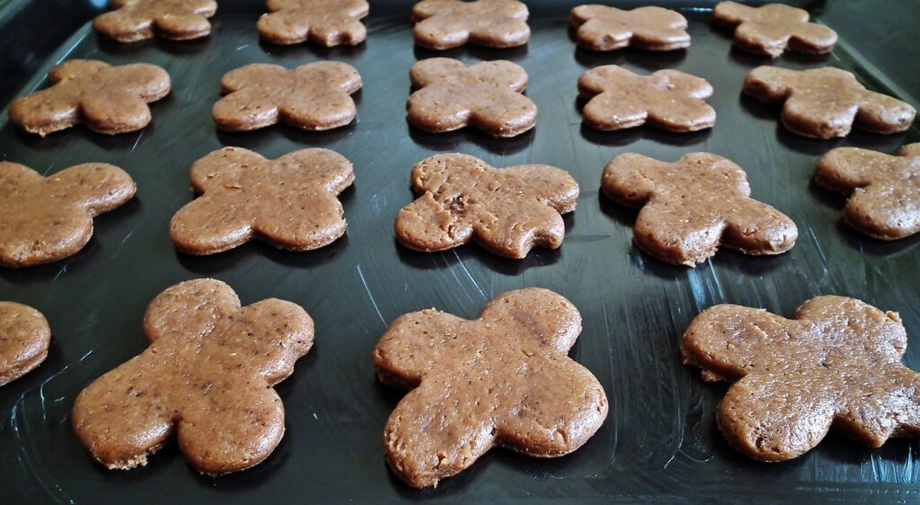 Gingerbread Baking Baking Sheet  - MrGajowy3 / Pixabay