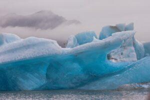 Glacier Iceberg Lake Water Cold  - mystraysoul / Pixabay