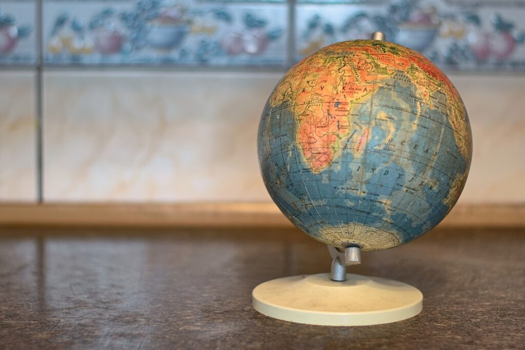Globe Atlas Earth Map Cartography  - kostkarubika005 / Pixabay