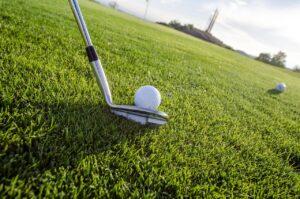 Golf Grass Sport Golfing Green  - Robert2301 / Pixabay