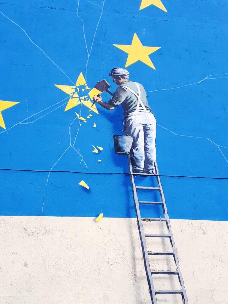 Graffiti Mural Ladder Star  - andrewslockwood50 / Pixabay