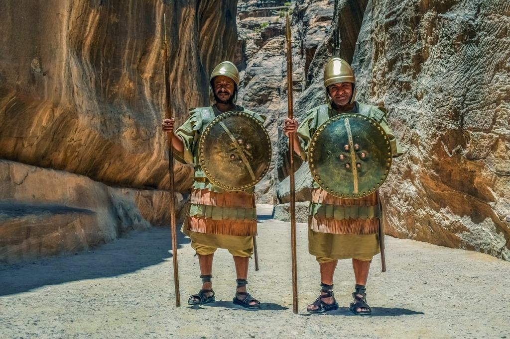 Guards Of The Canyon Warriors  - dimitrisvetsikas1969 / Pixabay