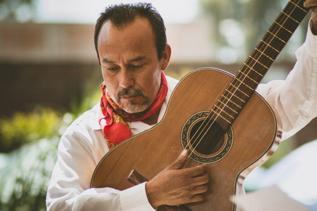 Guitar Mexico Musician Mexican  - CatySalcedo / Pixabay