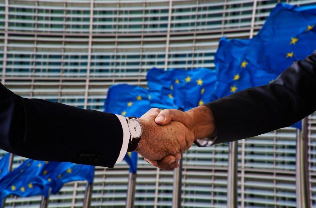 Handshake Shaking Hands Europe Flag  - geralt / Pixabay