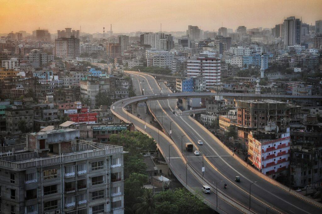 Highways Buildings City Cityscape  - MARUF_RAHMAN / Pixabay