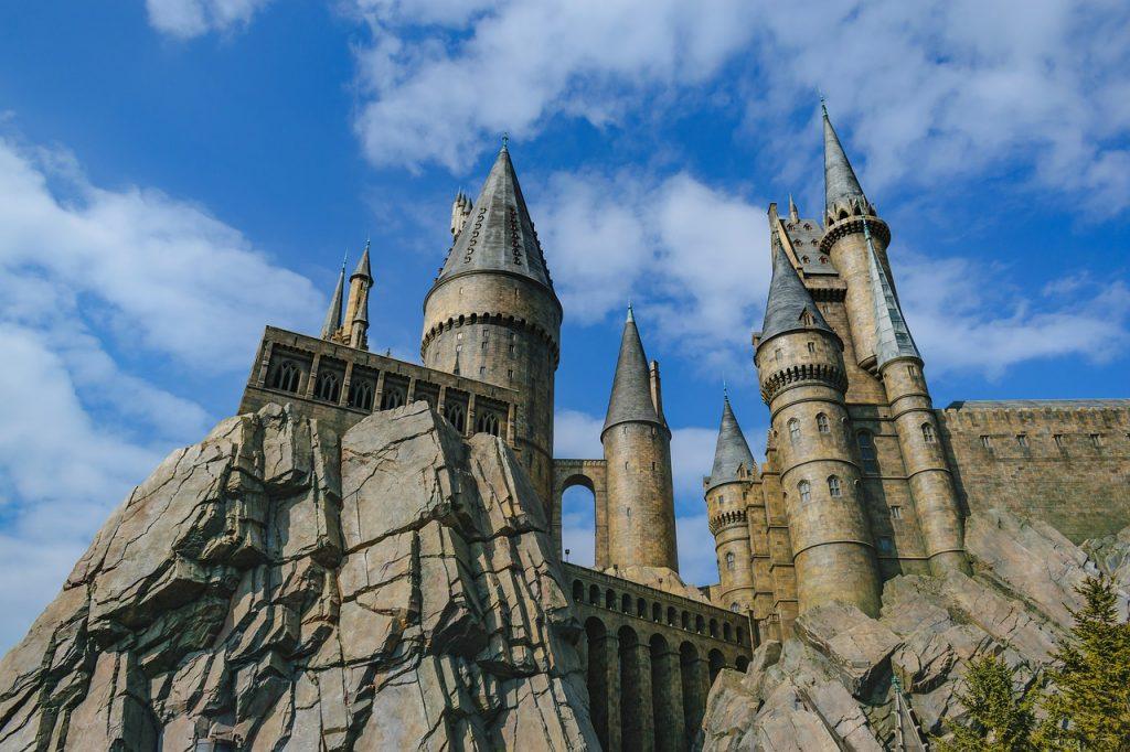 Hogwarts Castle Harry Potter  - runextreme / Pixabay