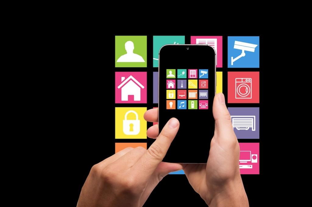House App Technology Smart Home  - geralt / Pixabay