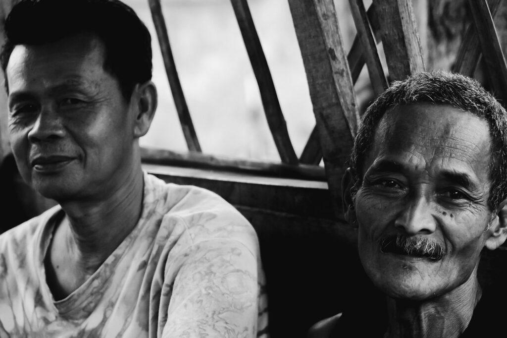 Human Man Smile Black White  - Syahdannugraha / Pixabay