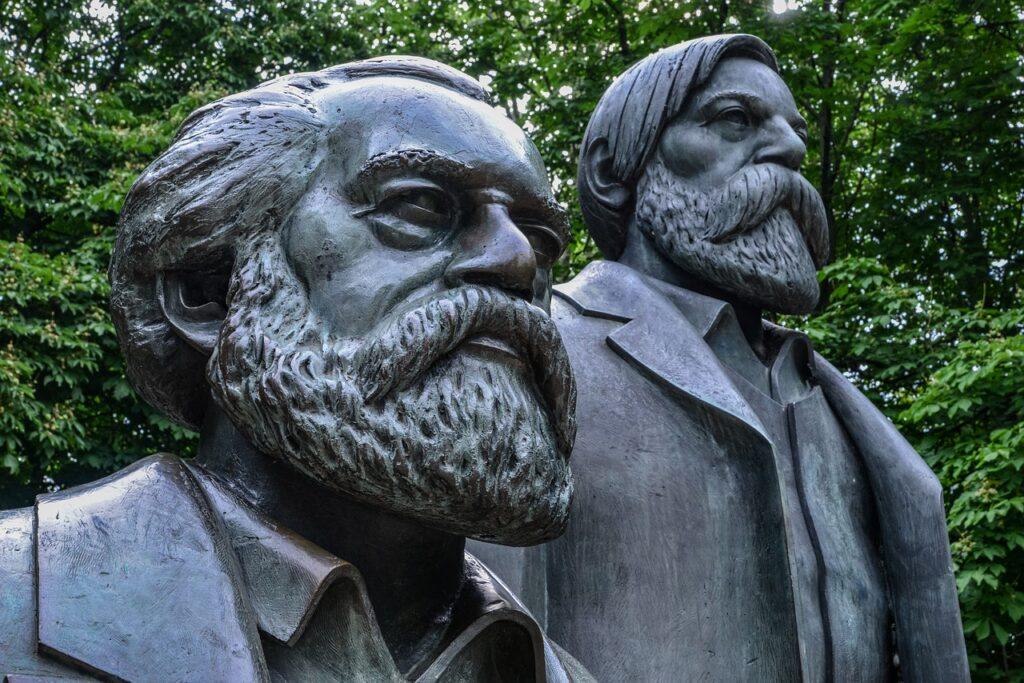 Karl Marx Friedrich Engels Criticism  - wal_172619 / Pixabay