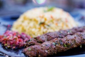 Kebab Dish Meal Food Cuisine  - antonytrivet / Pixabay