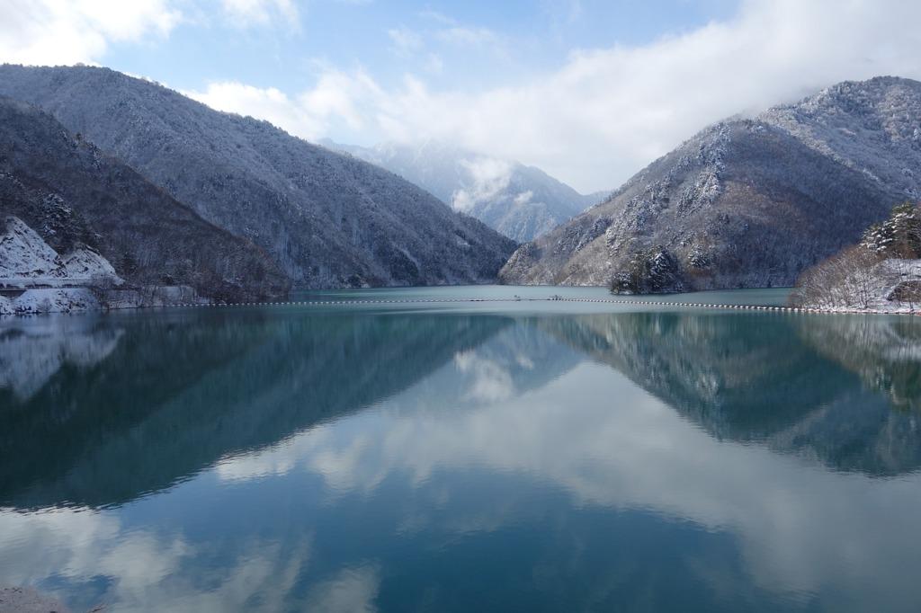 Lake Mountains Nature Japan  - janpauldx0827 / Pixabay